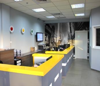 עיצוב פנים למשרדים, עיצוב בשחור, אפור וצהוב, ענבל קרקו, עיצוב פנים ופנג שואי