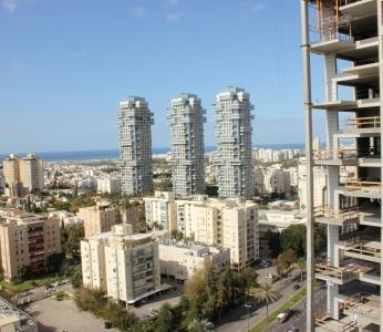 עיצוב דירת יוקרה, מבט מהמרפסת, מגדלי U, עיצוב פנים ופנג שואי, ענבל קרקו