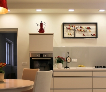 עיצוב פנים מודרני ברמת אפעל, מבט נוסף אל המטבח, עיצוב פנים ופנג שואי, ענבל קרקו