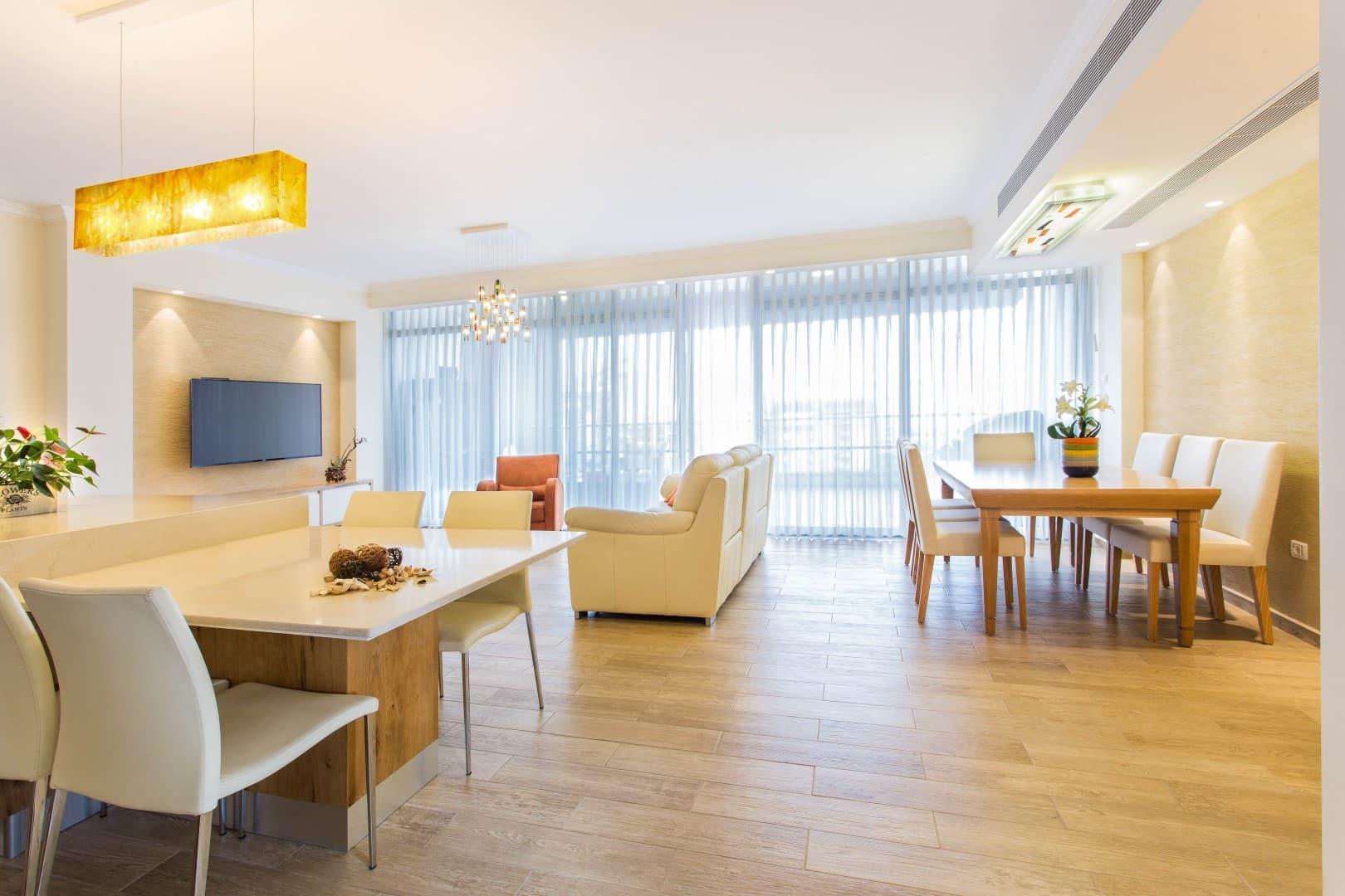 עיצוב דירה מקבלן, סלון בדירה ברחובות, ענבל קרקו עיצוב פנים ופנג שואי