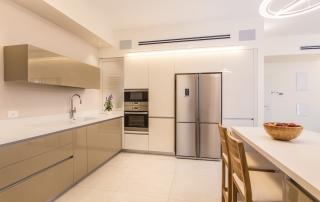 עיצוב מודרני ברחובות, זוית נוספת של המטבח, ענבל קרקו, עיצוב פנים ופנג שואי