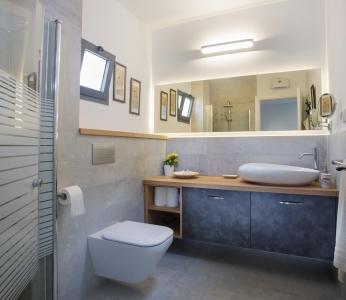 עיצוב בית סגנון אקלקטי, חדר רחצה הורים, ענבל קרקו, עיצוב פנים ופנג שואי