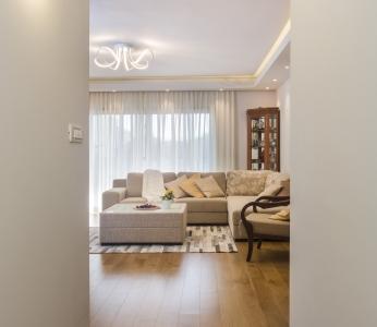 עיצוב בית סגנון אקלקטי, מבט מכיוון המסדרון, ענבל קרקו, עיצוב פנים ופנג שואי