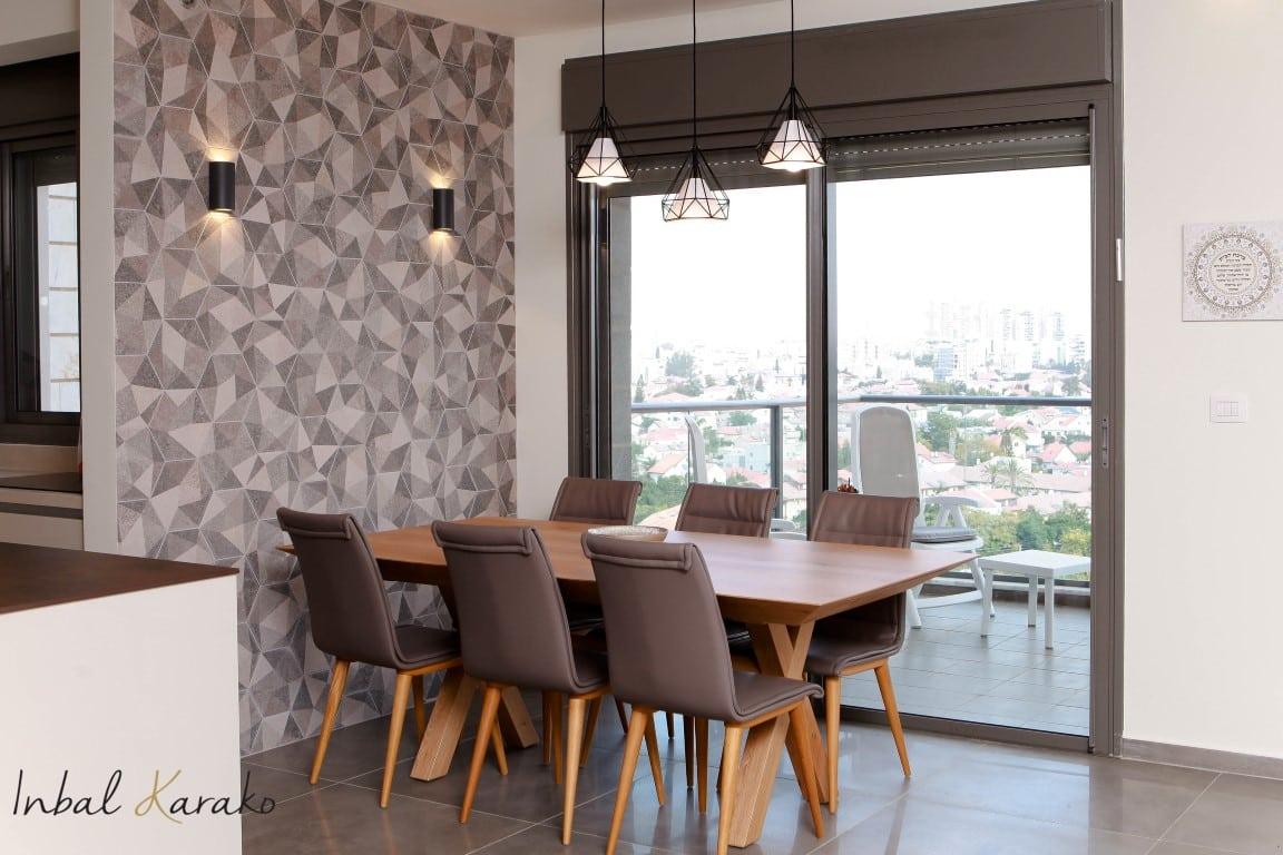 עיצוב דירה חדשה מקבלן, פינת אוכל שעיצבתי בדירה בראשון לציון, ענבל קרקו עיצוב פנים ופנג שואי