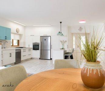 עיצוב בית על פי הפנג שואי, מראה מפינת האוכל העגולה, ענבל קרקו עיצוב פנים ופנג שואי