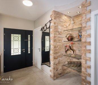 עיצוב בית פרטי ברחובות, מבואת הכניסה זוית נוספת, ענבל קרקו עיצוב פנים ופנג שואי
