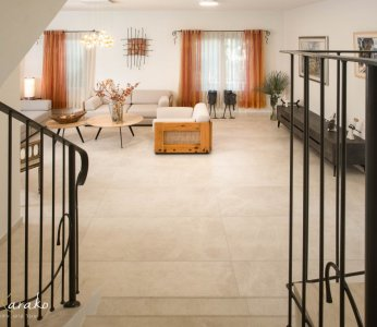 עיצוב בית פרטי ברחובות, מבט על מפלס הסלון, ענבל קרקו עיצוב פנים ופנג שואי